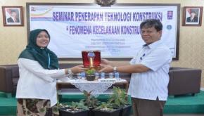 Prodi Teknik Sipil FT UBB Bersama Kementerian PUPR dan LPJK, Gelar Seminar Penerapan Teknologi Kontruksi